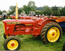 David Brown 880 Implematic Tractor