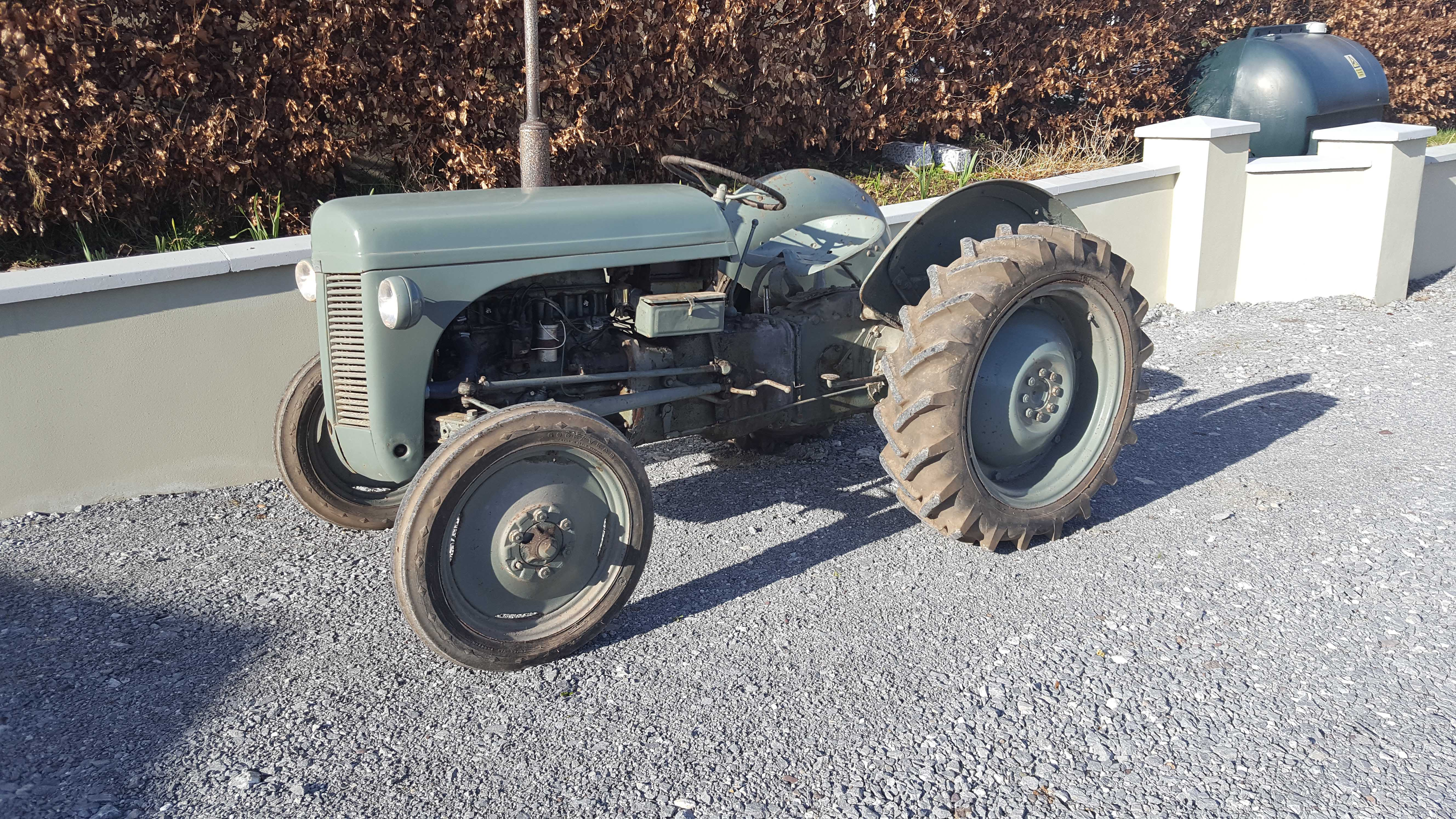 Cars Northern Ireland Used Cars Ni Second Hand Cars For: Done Deal Ireland Vintage Tractors